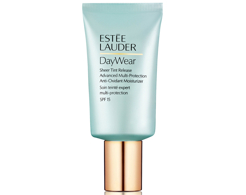 Estee Lauder DayWear Plus Multi-Protection Tinted Moisturizer