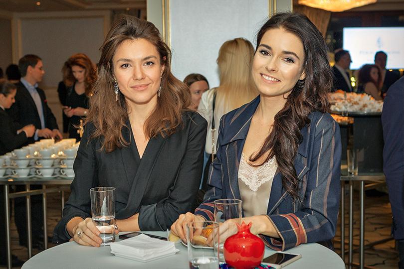 Светская хроника: коктейль Four Seasons Hotel Baku вМоскве. Ксения Турчина и Ирена Понарошку