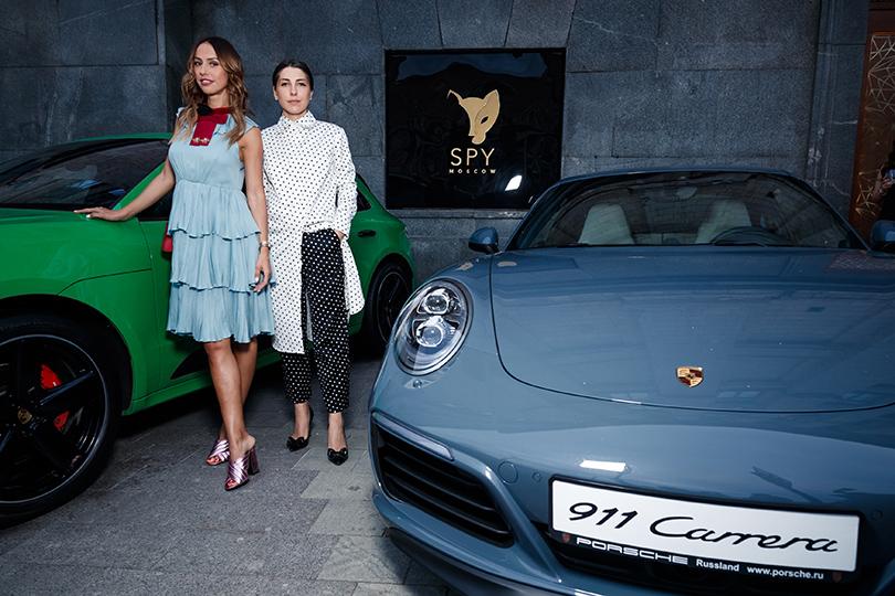 Светская хроника: вечеринка Carolina Herrera 212 VIP Wild Party. Милана Королева и Анна Русска