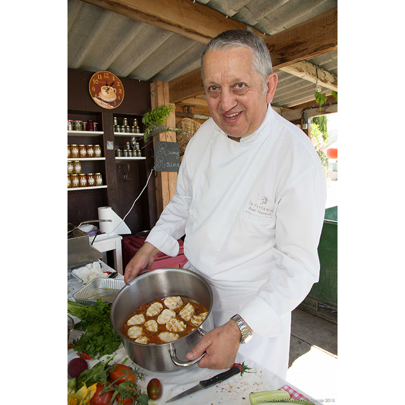 Жоэль Гаро, «заведующий» кухнями отеля Hôtel Hermitage и мишленовским рестораном Vistamar