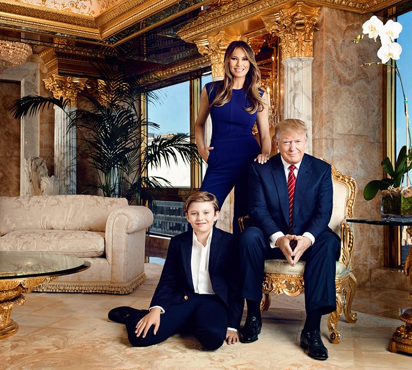 Дональд Трамп с женой Меланией и сыном Бэрроном
