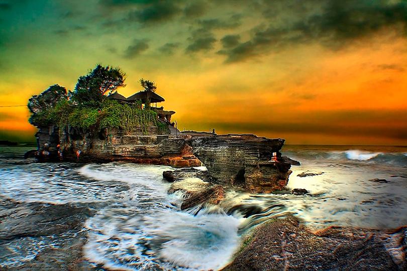 Отдыхаем на новых виллах Four Seasons Resort Bali: Храм Пура Таха Лот