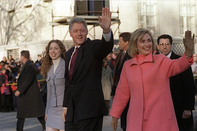 Челси, Билл иХиллари Клинтон (1993г.)