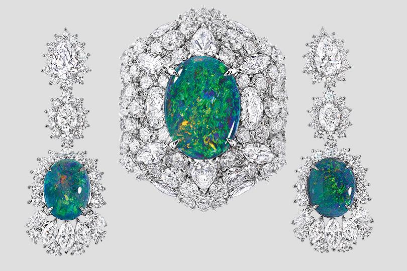 Серьги и кольцо Majestueuse Opale Dior