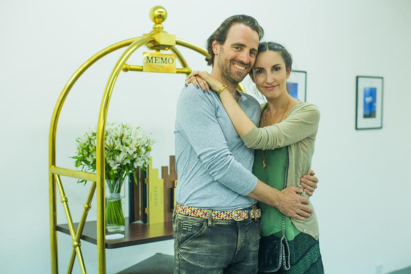 АромаШопинг: блиц-интервью с основательницей парфюмерного бренда MEMO Кларой Моллой. Клара и Джон Моллой