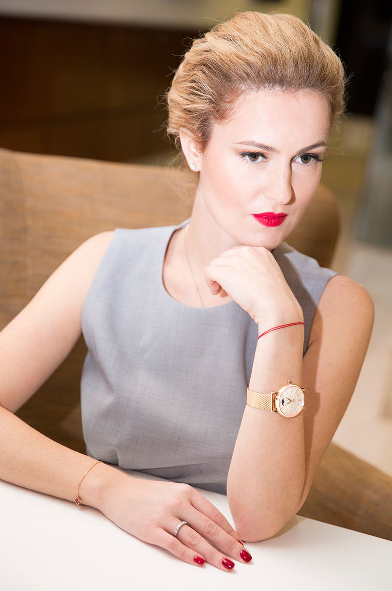 Woman in Power: Рената Пиотровски. НаРенате: платье Boss, часы IWC Portofino Automatic37 Moon Phase