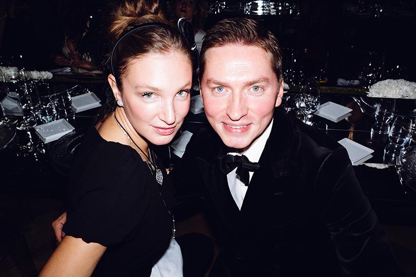 Гала-ужин Tiffany&Co.послучаю открытия нового магазина вМоскве. Алена Пенева и Игорь Гаранин