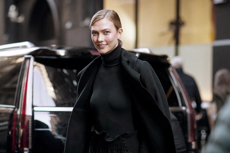 Street Style: уличный стиль наНеделе моды вНью-Йорке. Карли Клосс