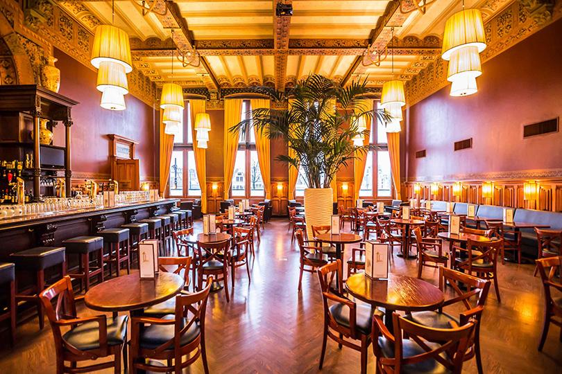 Набегу: лучшие рестораны ваэропортах инавокзалах. Grand Café Restaurant 1eKlas
