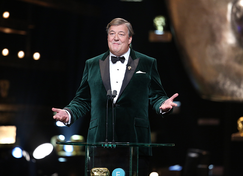 Церемония вручения премий BAFTA 2016 в Лондоне: Ведущий церемонии Стивен Фрай