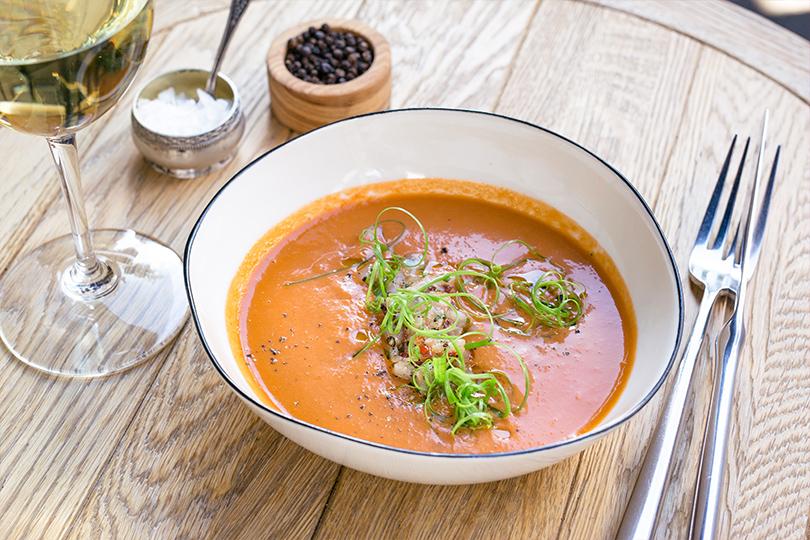 Всвоей тарелке: холодные супы вресторанах Москвы. Touche