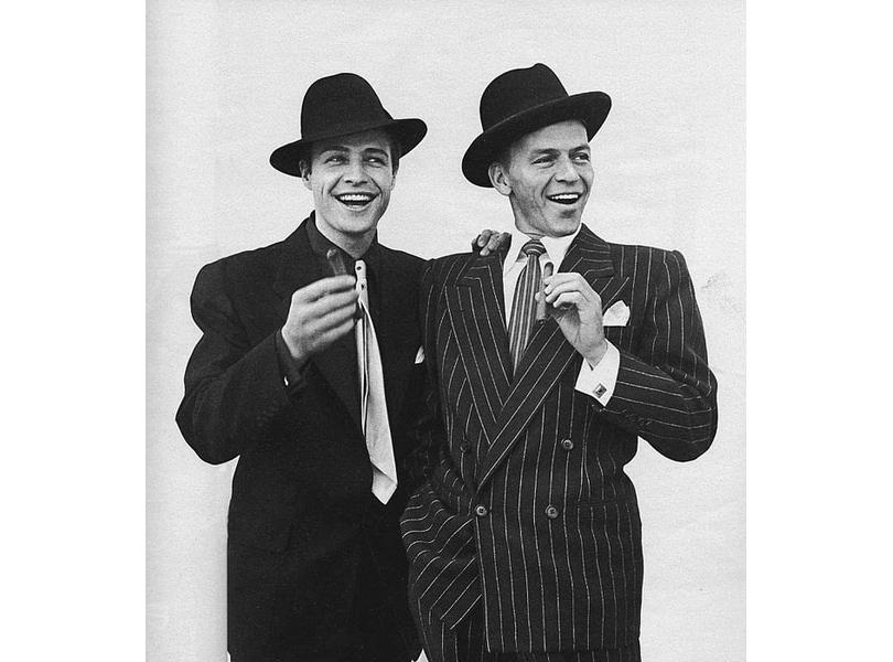 Men in Style: модная легенда Марлон Брандо. Брандо иФрэнк Синатра (фото Ричарда Аведона)