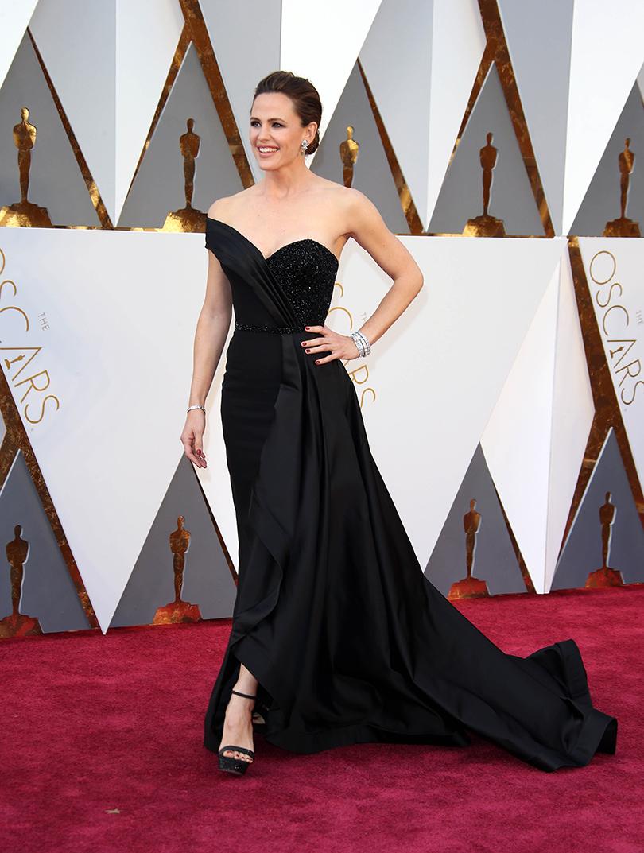 Oscars Special 2016: Дженнифер Гарнер в Rene Caovilla