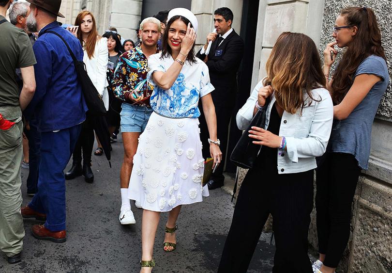 Street Style: лучшие образы на неделях мужской моды. Наталья Гольденберг