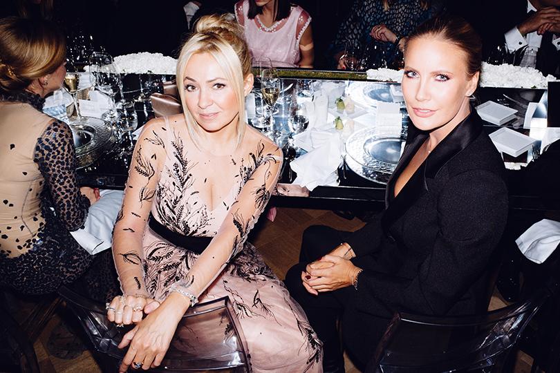 Гала-ужин Tiffany&Co.послучаю открытия нового магазина вМоскве. Яна Рудковская и Елена Летучая