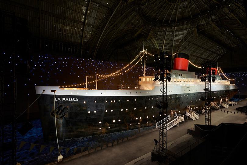 Voyage-Voyage: вПариже прошел показ Chanel Cruise