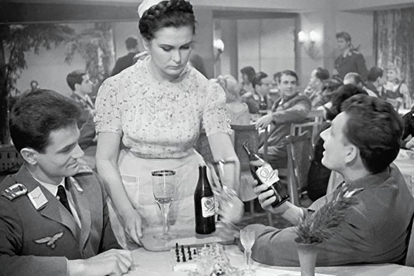 Что мы знаем о киностудии «Мосфильм», отмечающей сегодня 95 лет? «Вызываем огонь насебя»