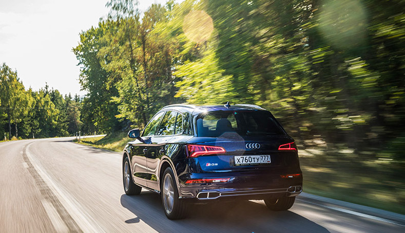 Cars with Jan Coomans. Audi S5 Coupe and SQ5 reviewed
