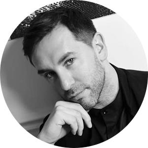 Максим Усманов, стилист по волосам, ведущий технолог Balmain Hair, выпускник академии «Долорес»