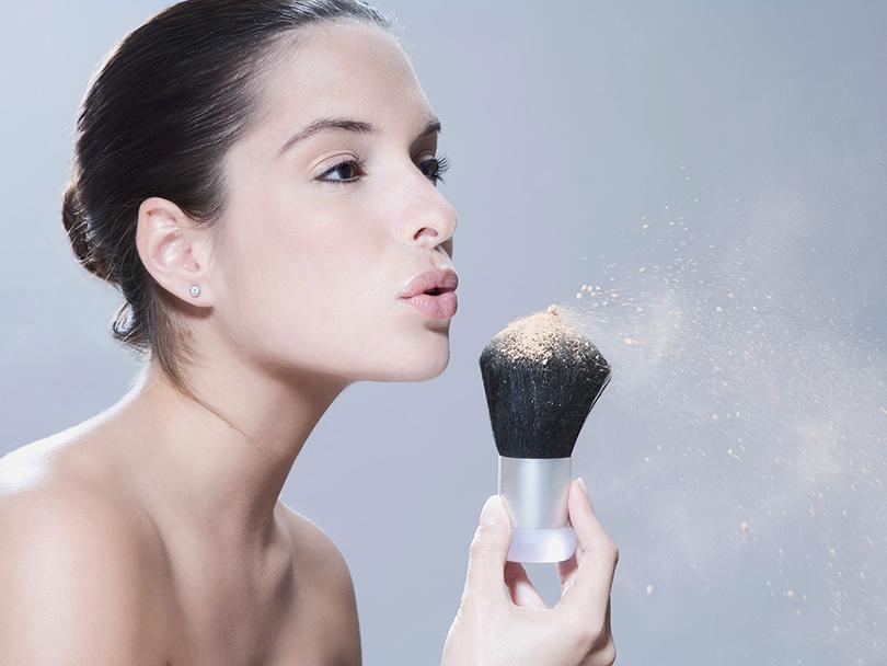 Идеальная косметичка: 9«зимних» правил для красивой кожи. Увлажняйте кожу