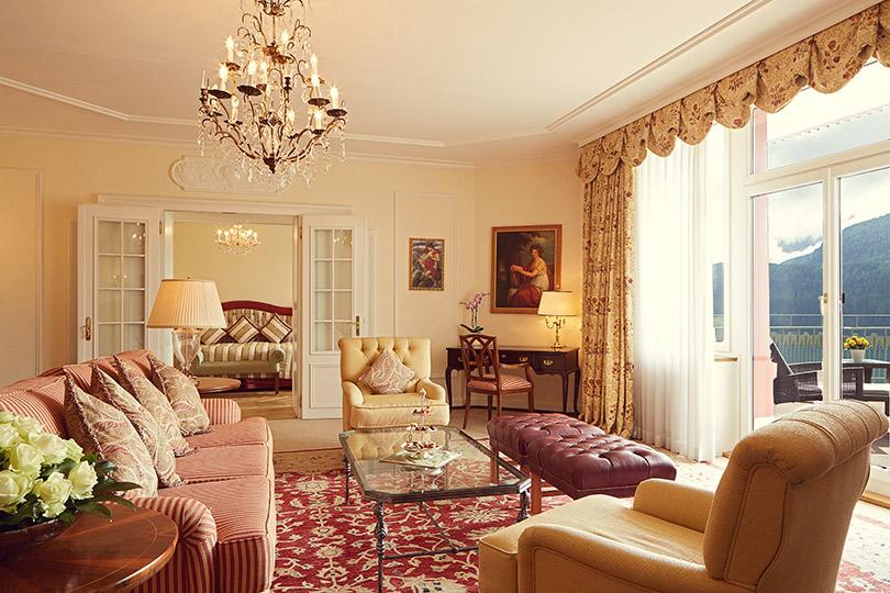 Куда поехать летом. Джаз, серф иралли: идеальные каникулы вBadrutt's Palace (Санкт-Мориц)