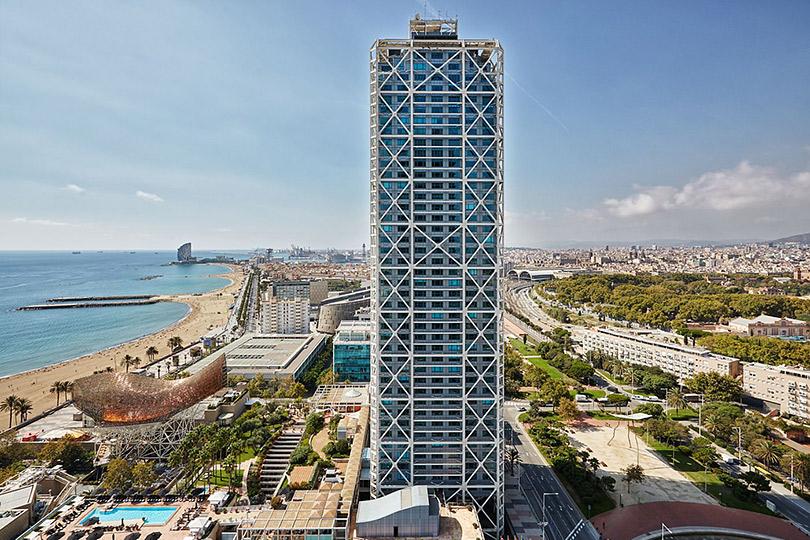 #postatravelnotes Барселона: модернизм Людвига Миса ван дер Роэ, гастрономический кластер El National и захватывающие виды из окон Hotel Arts Barcelona