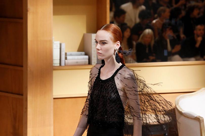 Как пройти в библиотеку? Показ Chanel на Неделе высокой моды в Париже