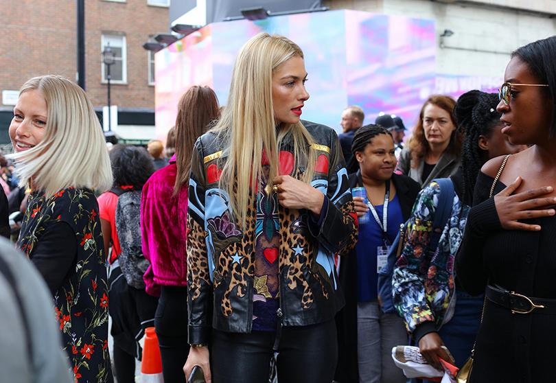 Street Style: лучшие образы на Неделе моды в Лондоне. Джессика Харт