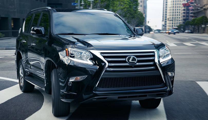 КиноТеатр: будущее где-то рядом. Автомобили икосмические корабли Lexus вкино. Lexus GX 460