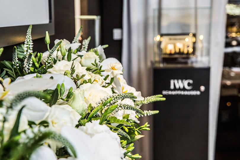 Флористическое оформление вечера от салона цветов Zaya Flowers