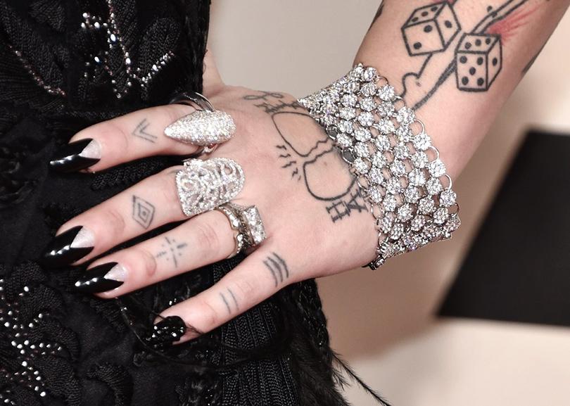 Уроки красоты сЕвгенией Ленц: «голливудские» ногти— новый тренд. Леди Гага, Меган Фокс, Рита Ора, Даутцен Крез