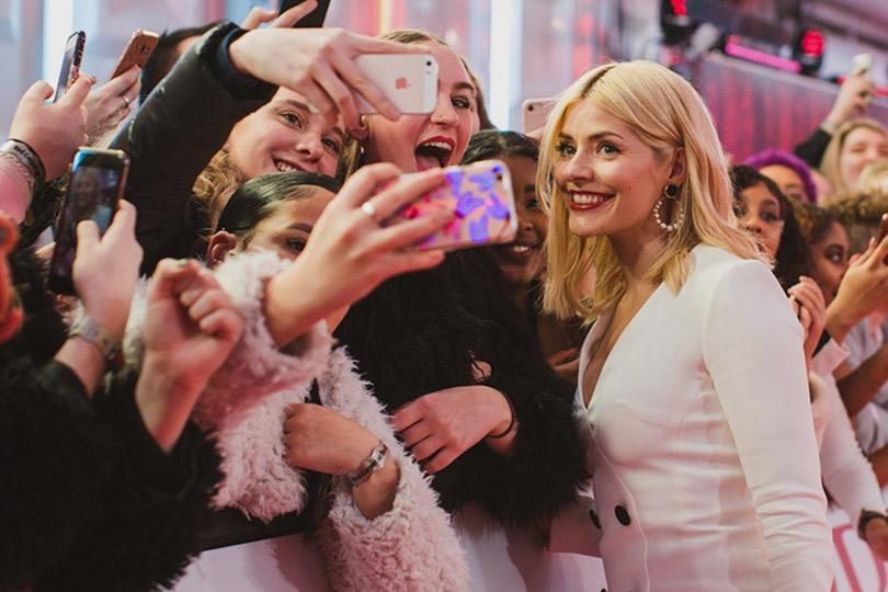 Рита Ора идругие гости премии Brit Awards 2018. Холли Уиллоби