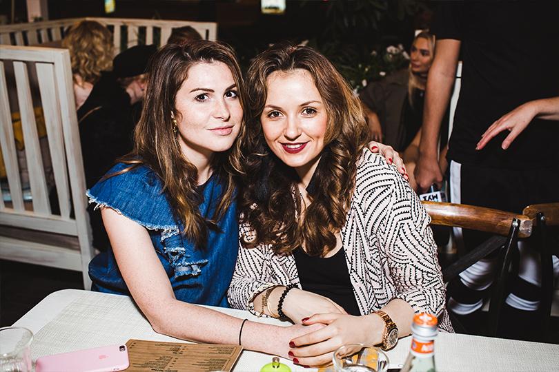 Светская хроника: летняя вечеринка ресторана Christian. Лаура Джугелия и Катя Добрякова