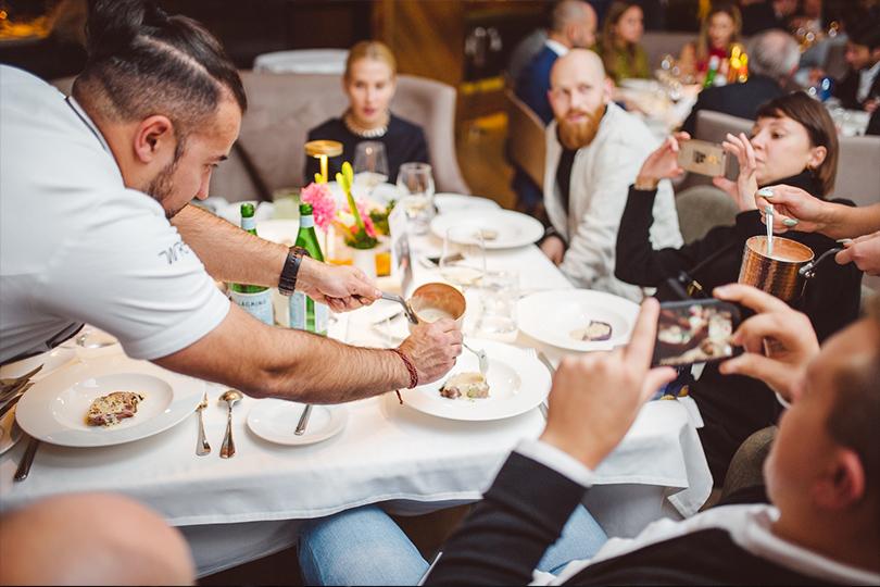 Юбилейный ужин Golden Triangle вресторане Selfie