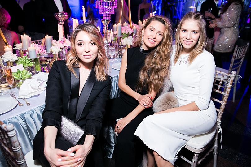 Александра Кириенко, Виктория Боня и Елена Перминова