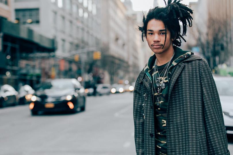 Men inStyle: уличный стиль наНеделе мужской моды вНью-Йорке. Лука Саббат