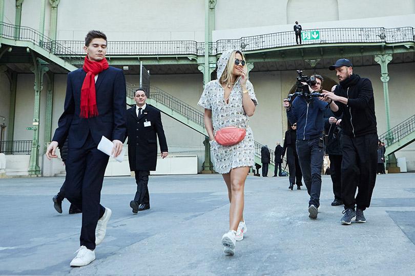Гости кутюрного показа Chanel вGrand Palais. Рита Ора