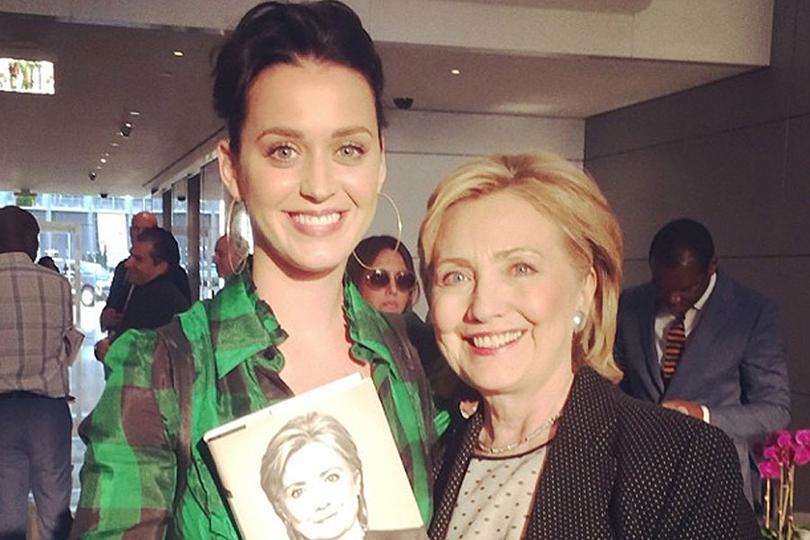 Хиллари Клинтон иее«группа поддержки»: Кэти Перри