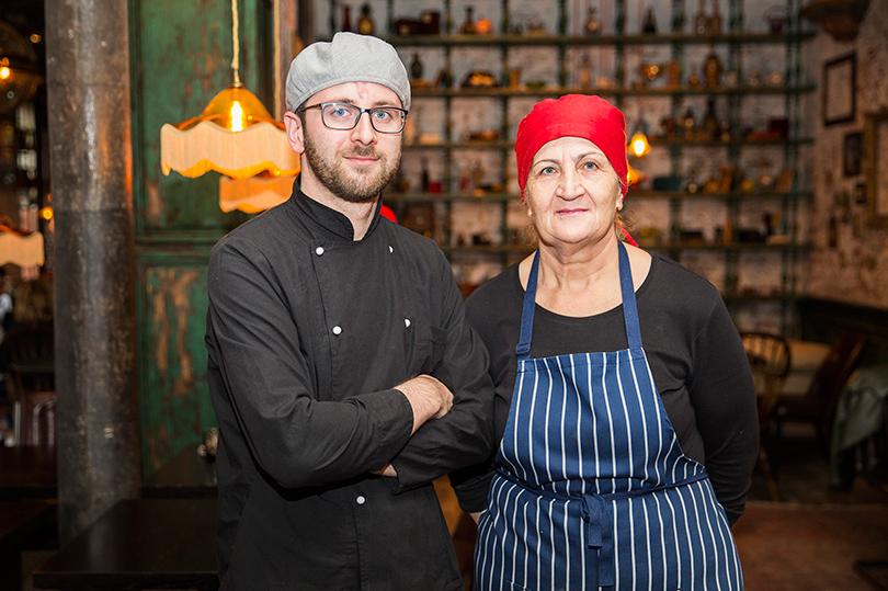 Ресторан «Казбек» — новая высота грузинской кухни. Мамия и Нана Джоджуа
