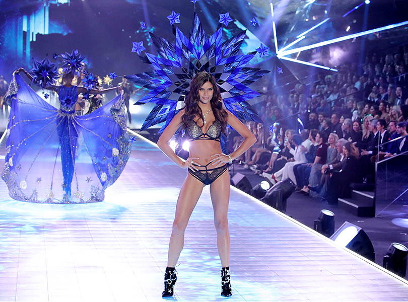 Как прошло шоу Victoria's Secret 2018: все самое интересное о главном показе осени. Сара Сампайо