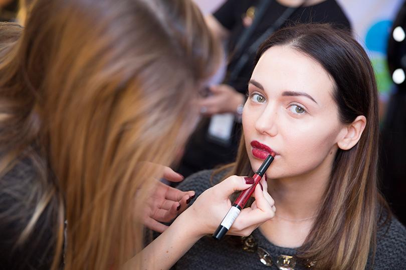 Total Beauty: скульптурирование лица. Создаем безупречный образ за 10 минут