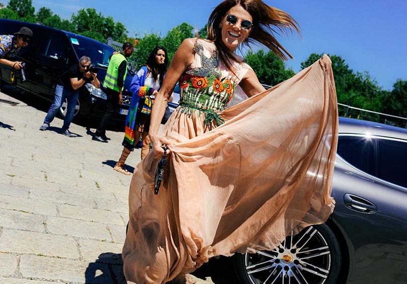Street Style: лучшие образы на неделях мужской моды. Анна Делло Руссо
