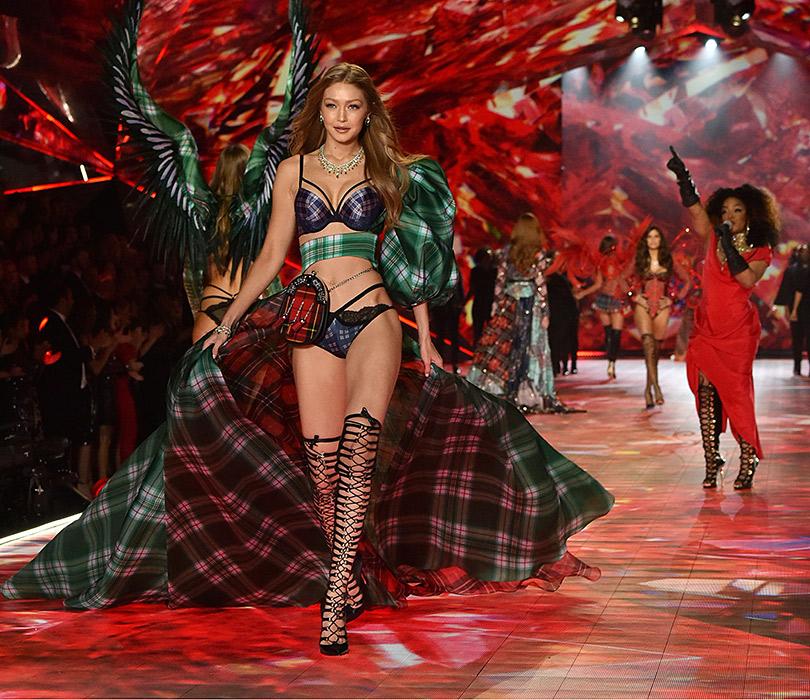 Как прошло шоу Victoria's Secret 2018: все самое интересное о главном показе осени. Белла Хадид