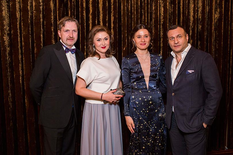 Филипп Ильин-Адаев и Елена Ищеева, Яна Лапутина и Отари Гогиберидзе