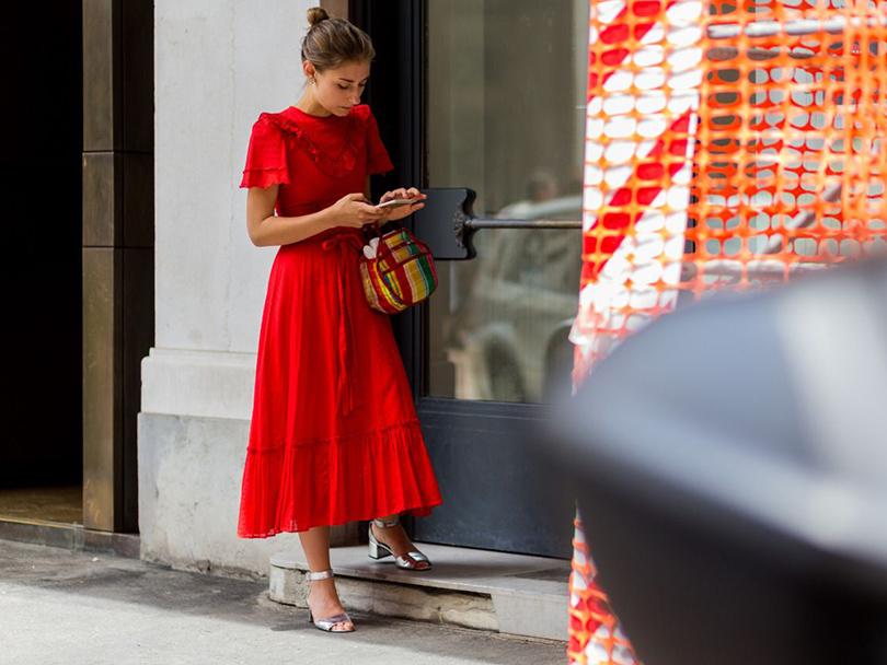 Street Style: лучшие образы на неделях мужской моды. Блогер Дженни Уолтон
