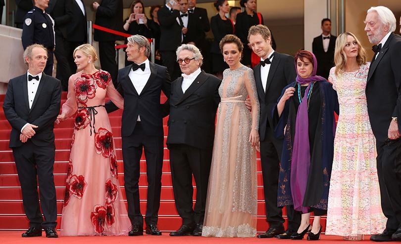 Cannes 2016: самые яркие звездные образы на церемонии открытия кинофестиваля.