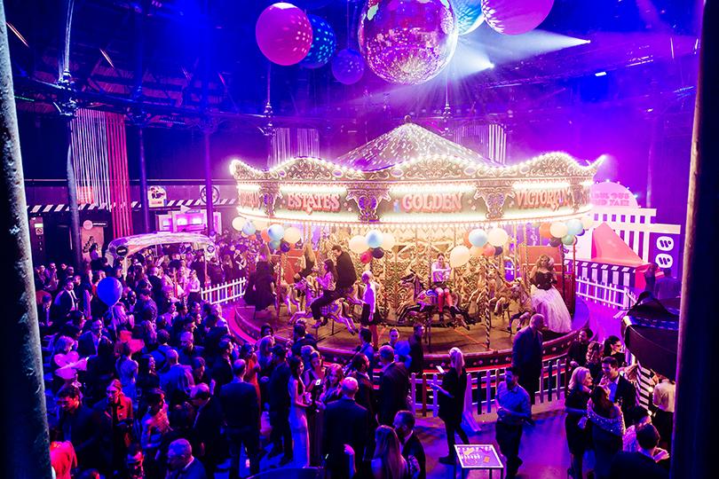 Добрые дела: невероятная ярмарка Карли Клосс иНатальи Водяновой вЛондоне