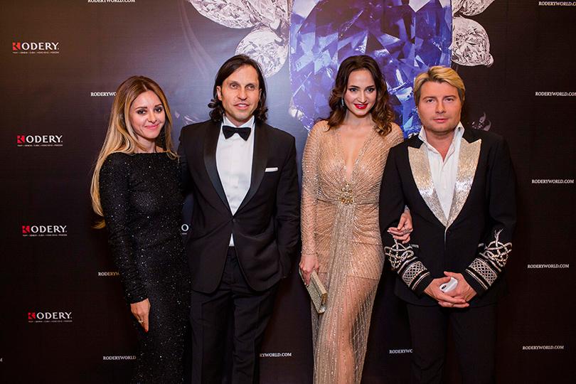 Александр Ревва с женой и Николай Басков