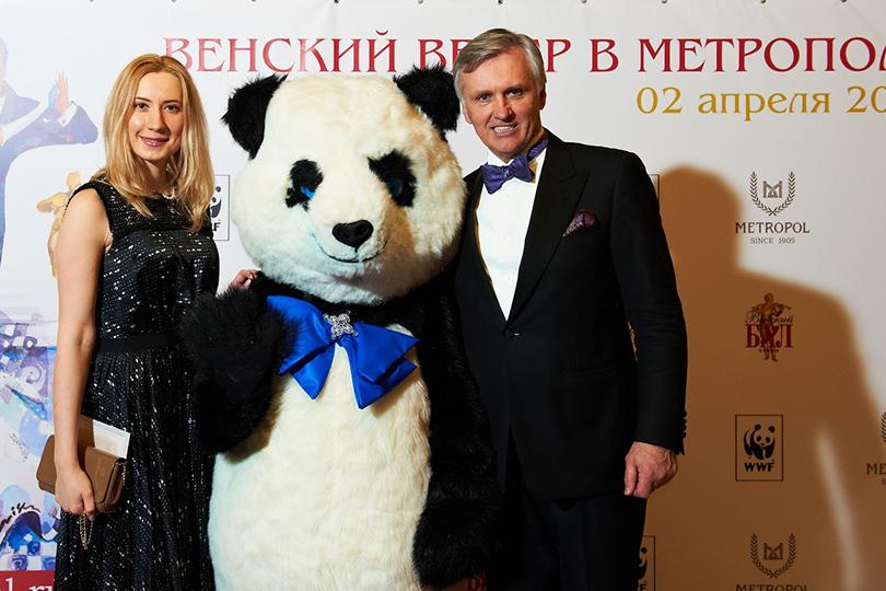 Директор фонда «Артист» Ольга Каталина идиректор «Венского Бала Москва» Александр Смагин