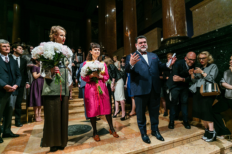 Art & More: юбилейная выставка Льва Бакста в Пушкинском музее. Ксения Собчак, Марина Лошак и Михаил Куснирович